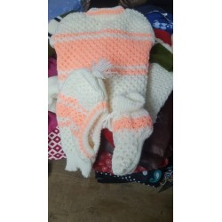 Large, peach knitted kids set